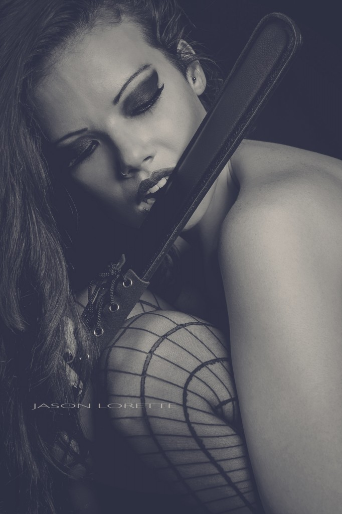 Chanelle4bw